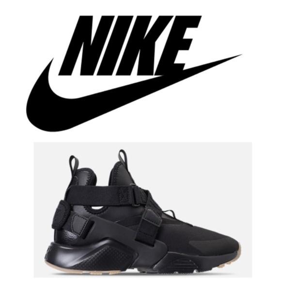 4833576e02d5 Nike Air Huarache City Black Size 7